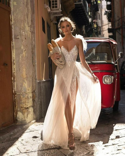 SSYFashion New Beach Gown Ivory Sexy V-neck Lace Appliques Backless High Split Lllusion Evening Dress Custom Formal Prom Gown