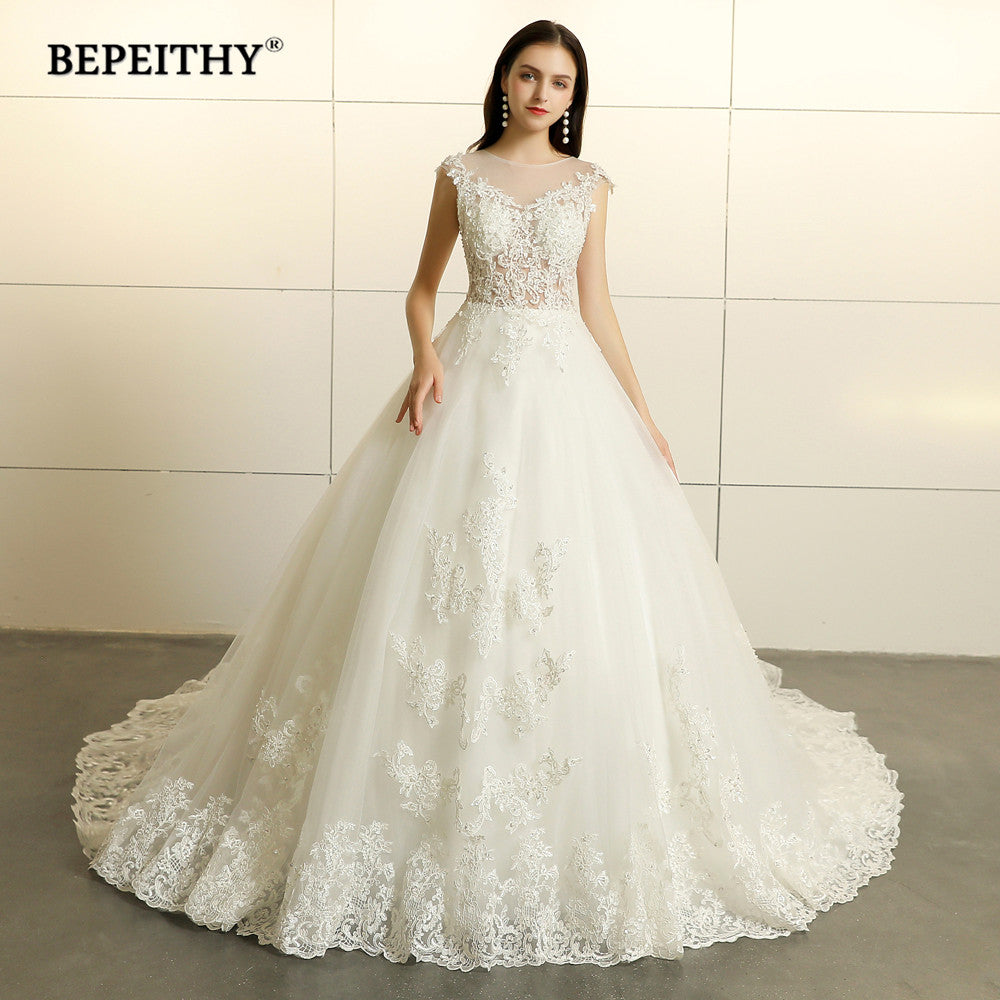 Robe De Mariee Princess Lace Wedding Dresses Sleeveless 2019 Court Train Vestido De Novian Vintage Bridal Gowns Hot Sale