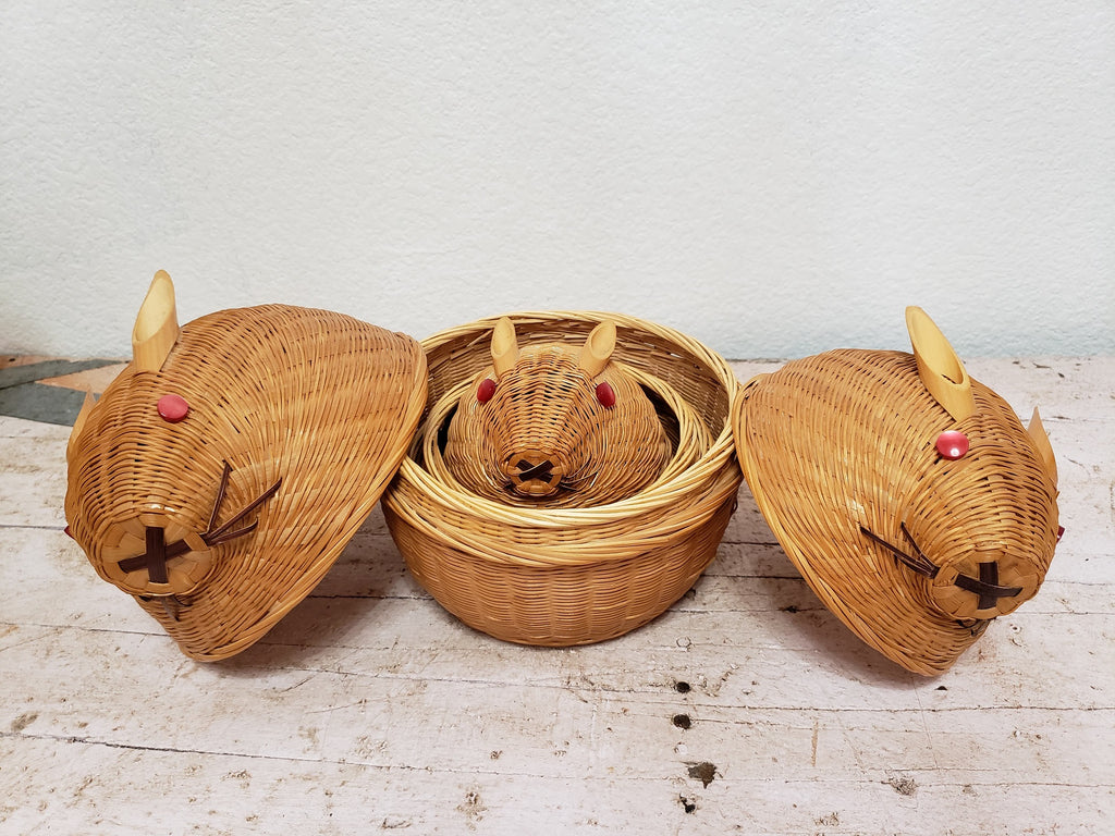 Vintage Wicker Nesting Rabbit Set