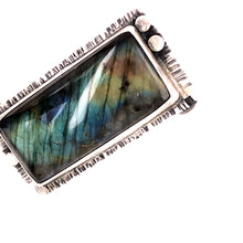 Load image into Gallery viewer, Big Hunk o' Labradorite Ring