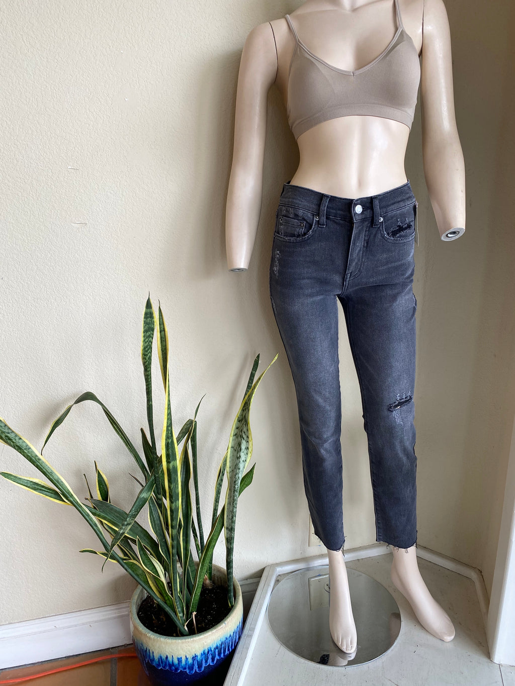 Washed black cropped straight leg denim