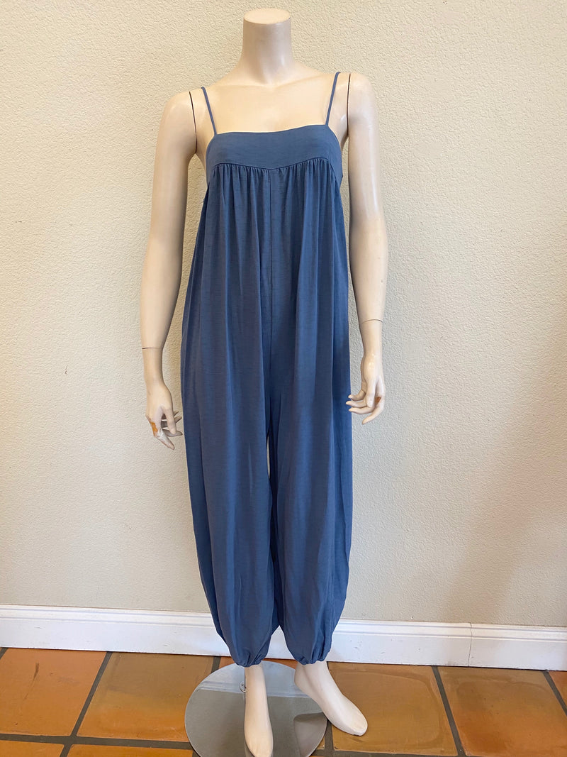 JUMPSUIT WITH SLOUCHY  Cinched PANTS