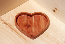 Load image into Gallery viewer, Medium Wooden Heart Dish
