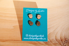 Load image into Gallery viewer, Acorn / Pinecone Stud Set