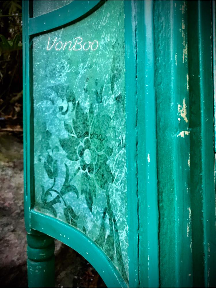 Vonboo Florence Green Vintage Side Table