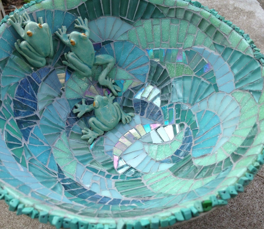 Mosaic Bird Bath Workshop (21 June 2020)