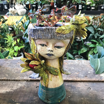 Monte Lupo Arts Head Planter - Large