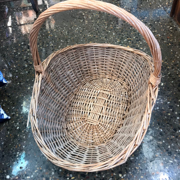 Medium cane carry basket