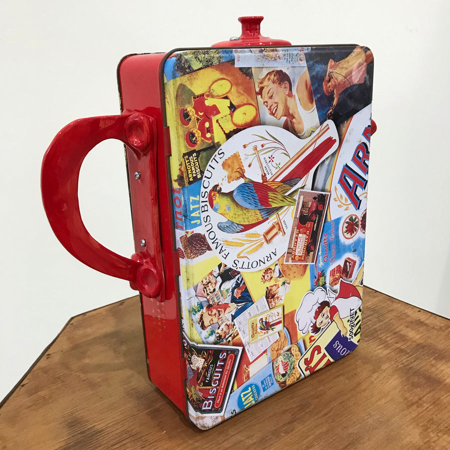 Fiona the Collector Tin Teapot: Red ANZAC