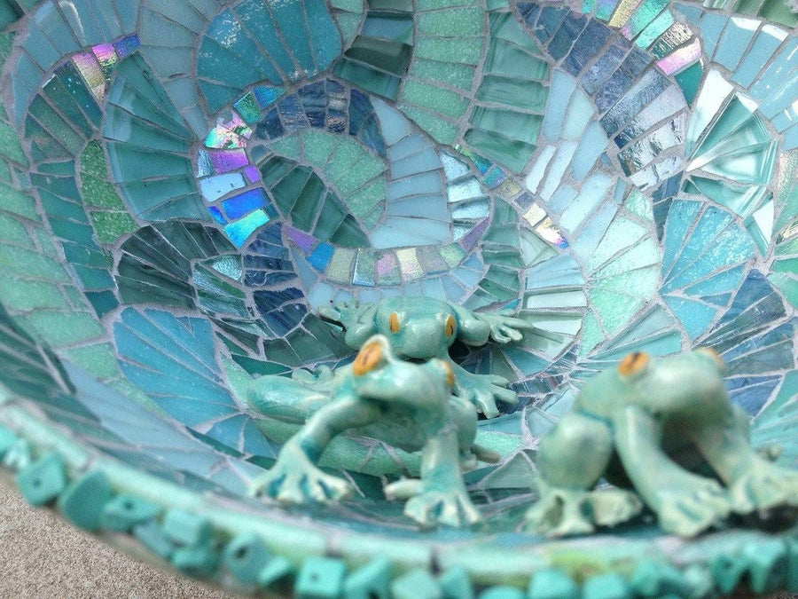 Mosaic Bird Bath Workshop (19 July 2020)
