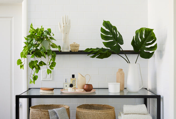 Four Ways to Style a Faux Monstera Frond