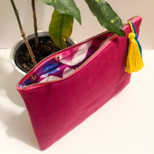 Load image into Gallery viewer, Orchid Velvet Tassel Clutch