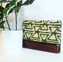 Load image into Gallery viewer, Faux Leather and Fabric Foldover Clutch (Green Burlap and Brown)