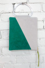 Load image into Gallery viewer, The Diagonal (Spruce and Snow w/ Handle)