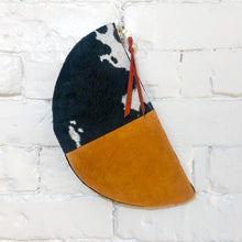 Load image into Gallery viewer, The Half-Moon (Black, Cowhide, and Cognac)