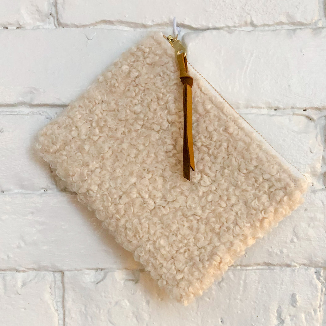 The Mini Pouch (Sherpa)