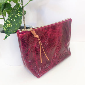 Standing Trapezoid Pouch (Maroon Snakeskin Leather)