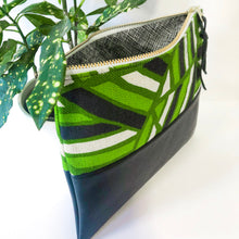 Load image into Gallery viewer, Fabric and Leather Split Clutch (Green and Black)