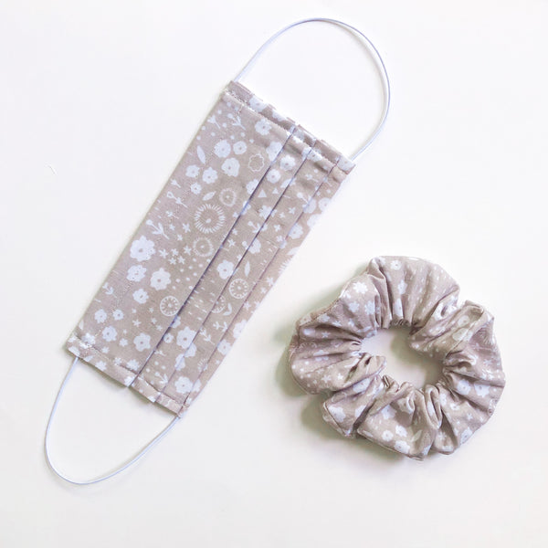 Face Mask and Scrunchie Set (Taupe Floral)