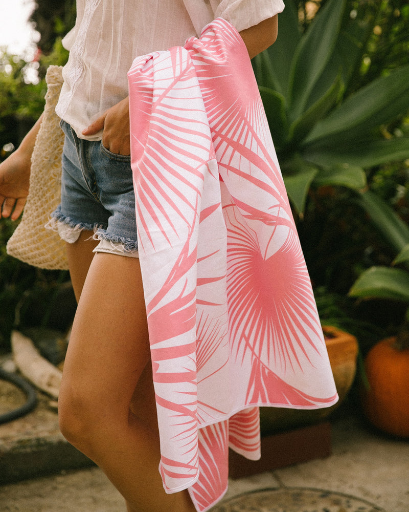 Slowtide 'Day Palm' Microfibre Travel Towel