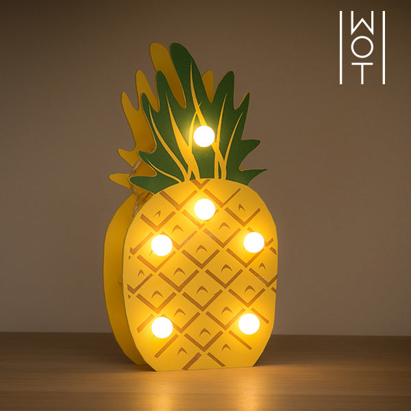 Wagon Trend Decorative Wooden Pineapple (6 LED)
