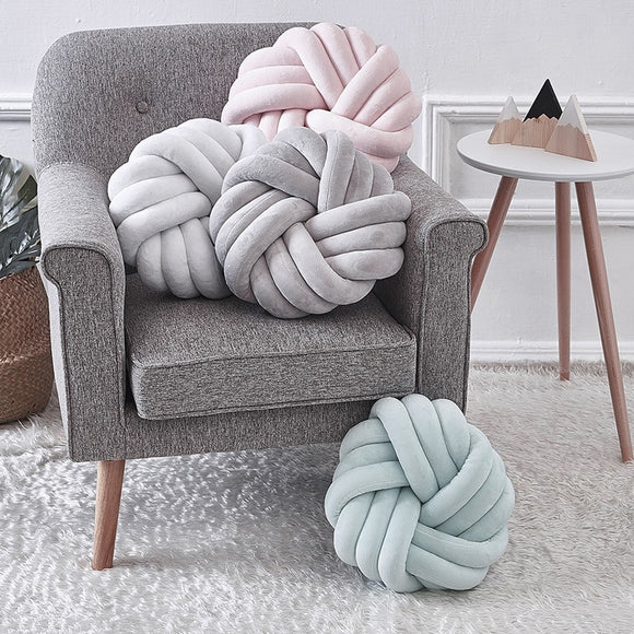 Handmade Soft Knotted Chunky Pillow - HeyHouse