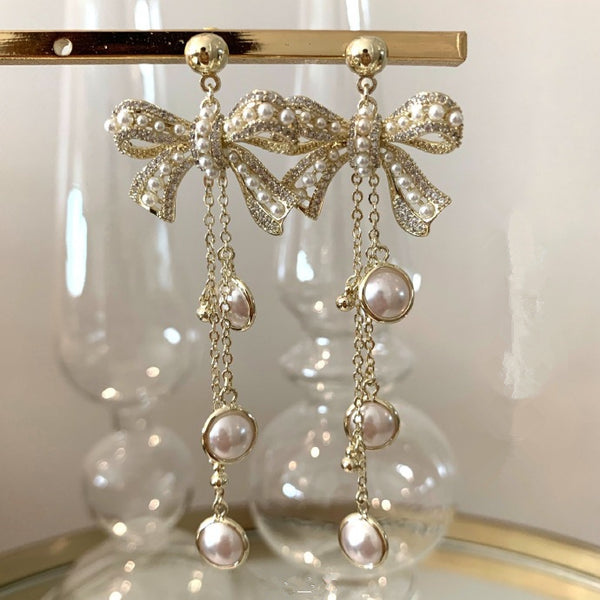 Pearls Dangle Earring