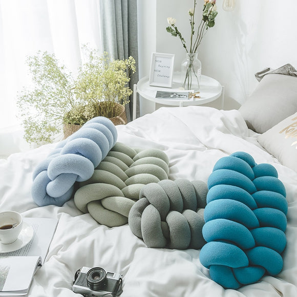 Knot Pillow Knot for Home Decor