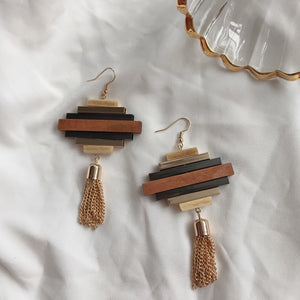 Timeless Wonder Chic Geo Wood Tassel Drop Earrings