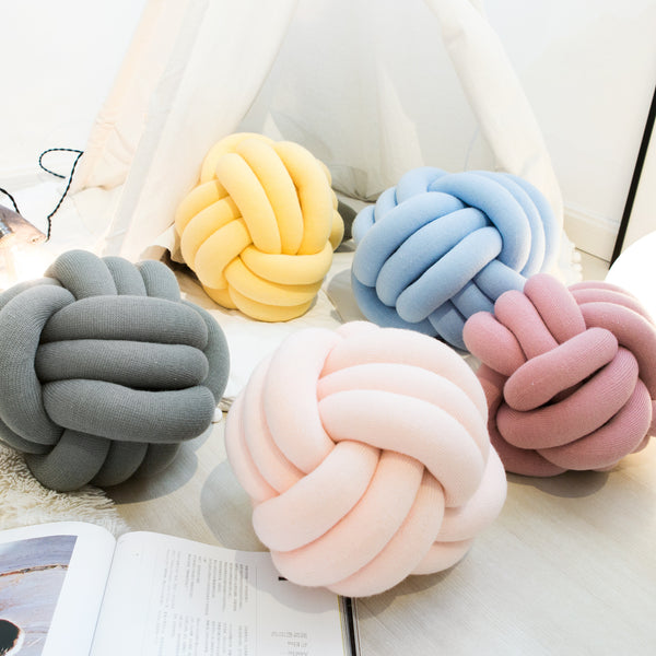 Soft Knot Ball Cushions Bed Stuffed Pillow - HeyHouse