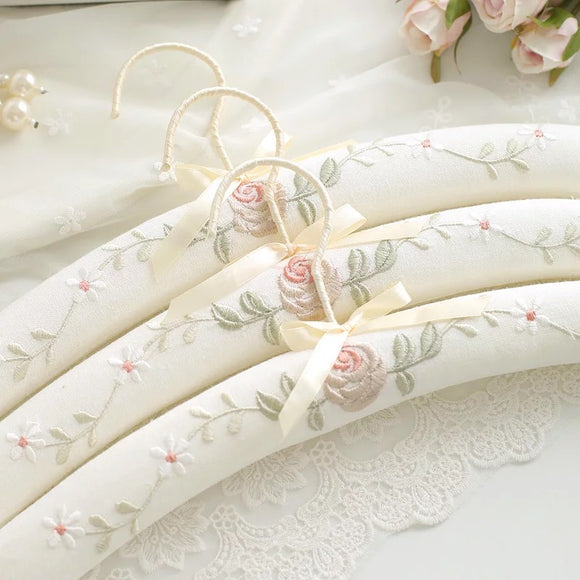 Padded Clothes Hangers - HeyHouse