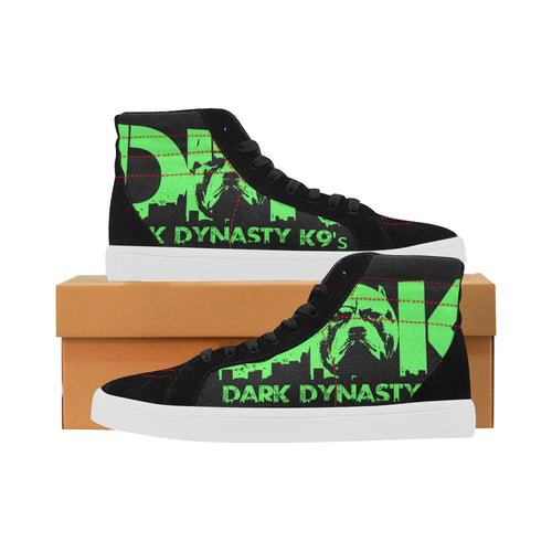 ~*~ONLY AVAILABLE FOR A LIMITED TIME~*~Men's green logo shoes