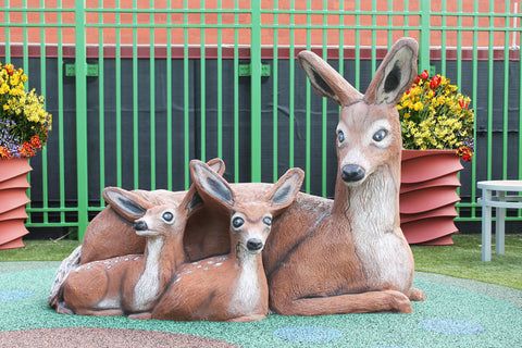 <s>Play Sculptures Deer</s>