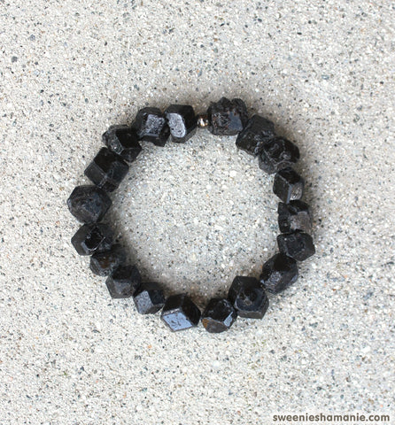 Internal Vibrations Bracelet