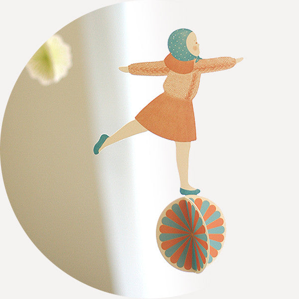 Ball & Girl, Mobile - Readymade Objects Shop - 1