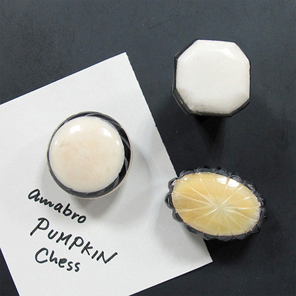 PUMPKIN MAGNET — Chess B - Readymade Objects Shop - 4