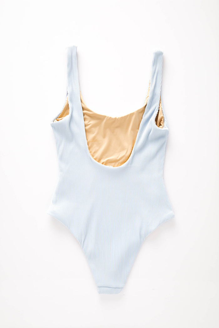Signature Scoop Onepiece - Powder Blue