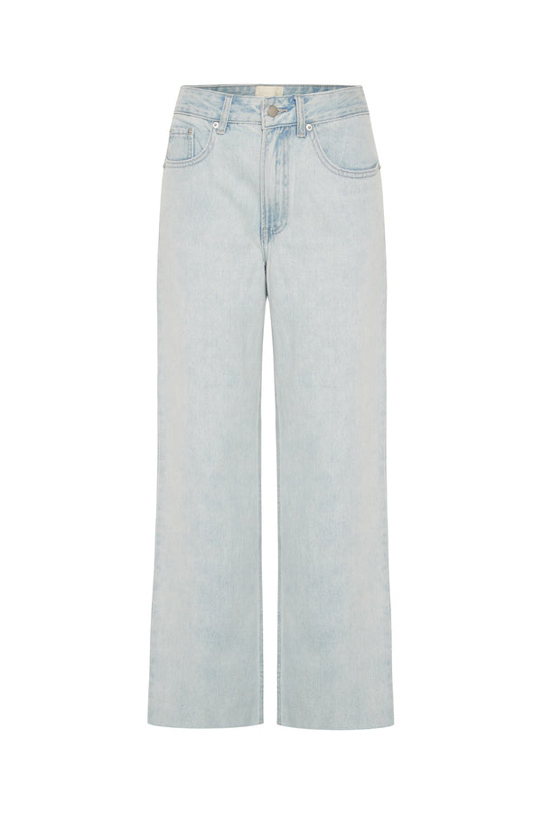 The Relaxed Leg Jean - Washed Blue