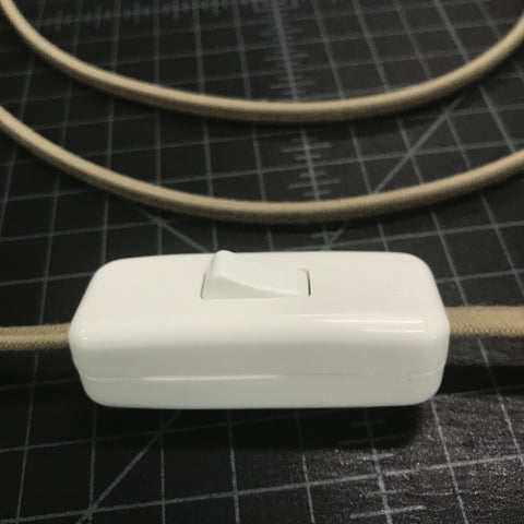 closed vintage slim switch attached to parallel cord