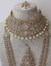 Load image into Gallery viewer, Sonam Bridal Set - Gold