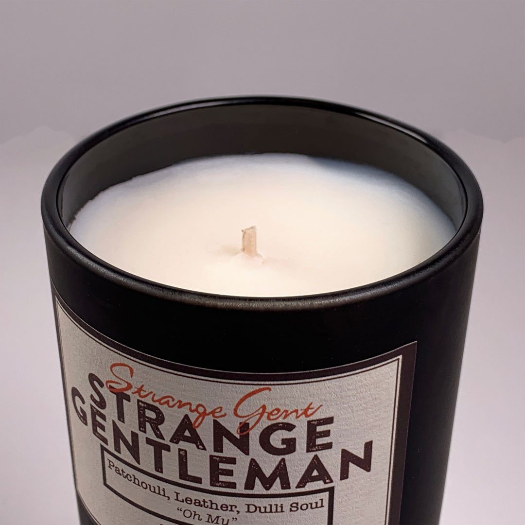 Strange Gent - Strange Gentleman 8oz Soy Wax Jar Candle, Made in LA, California. Close up of wick