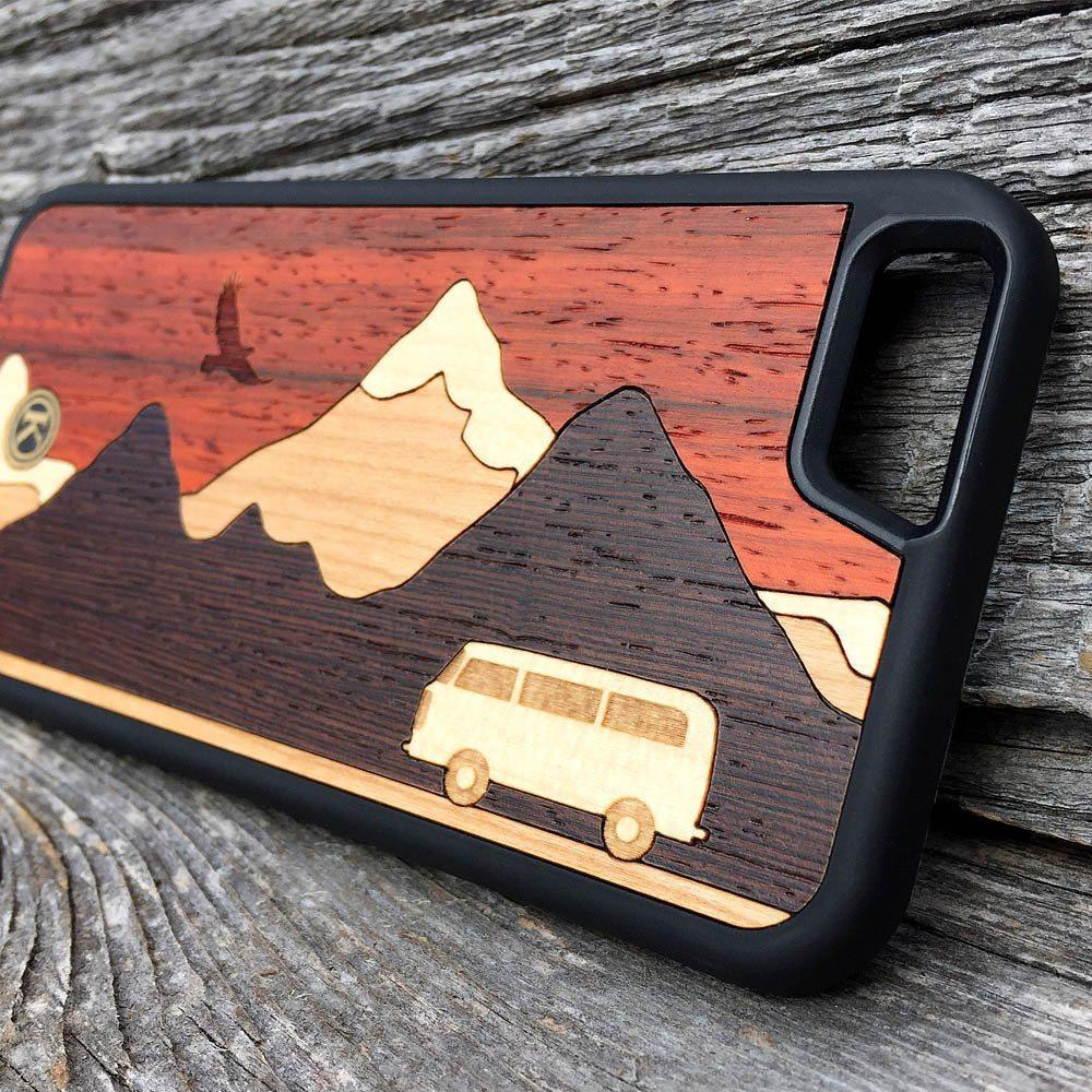 Zoomed in detailed shot of the Cross Country Wood Galaxy S10+ Case by Keyway Designs