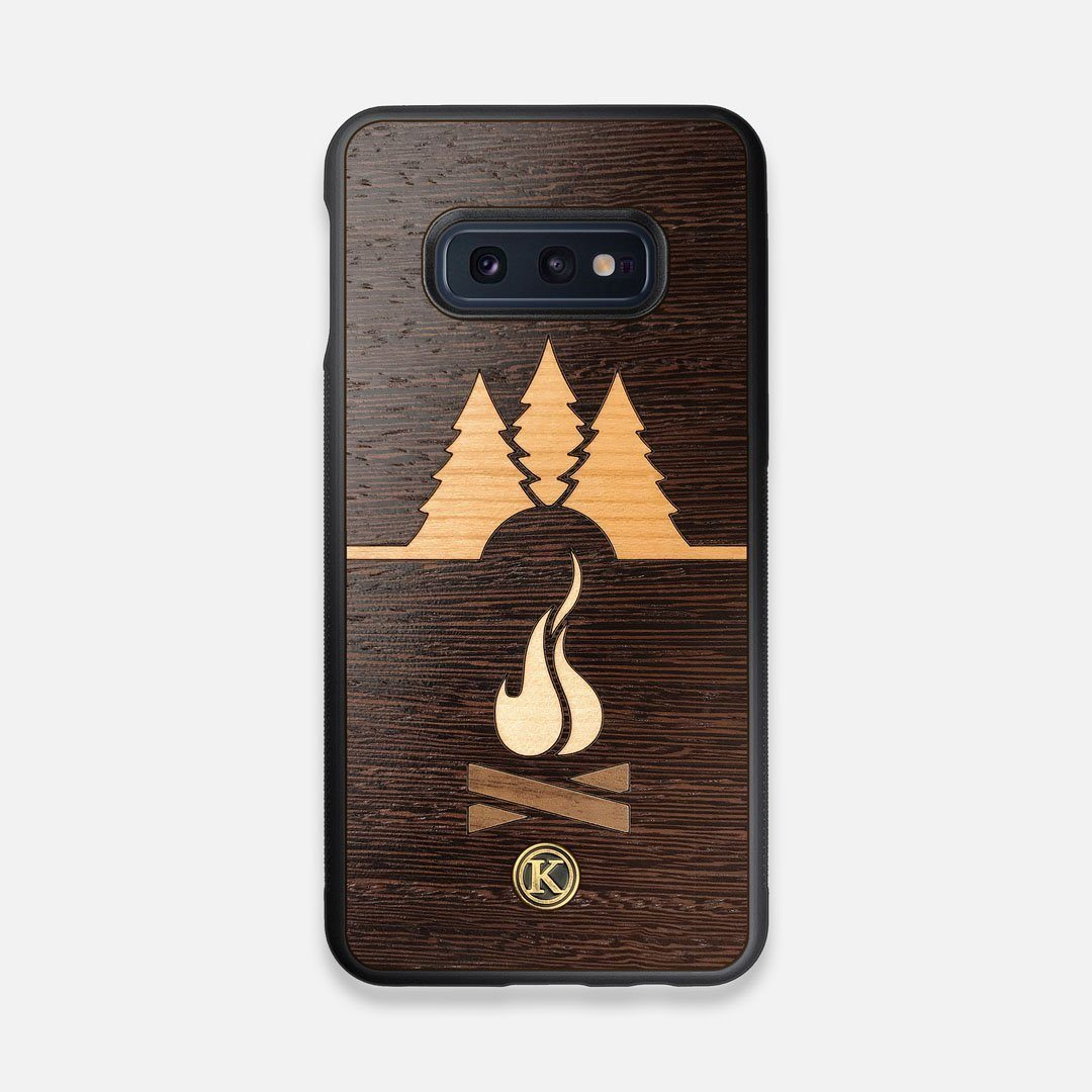 Front view of the Nomad Campsite Wood Galaxy S10e Case by Keyway Designs