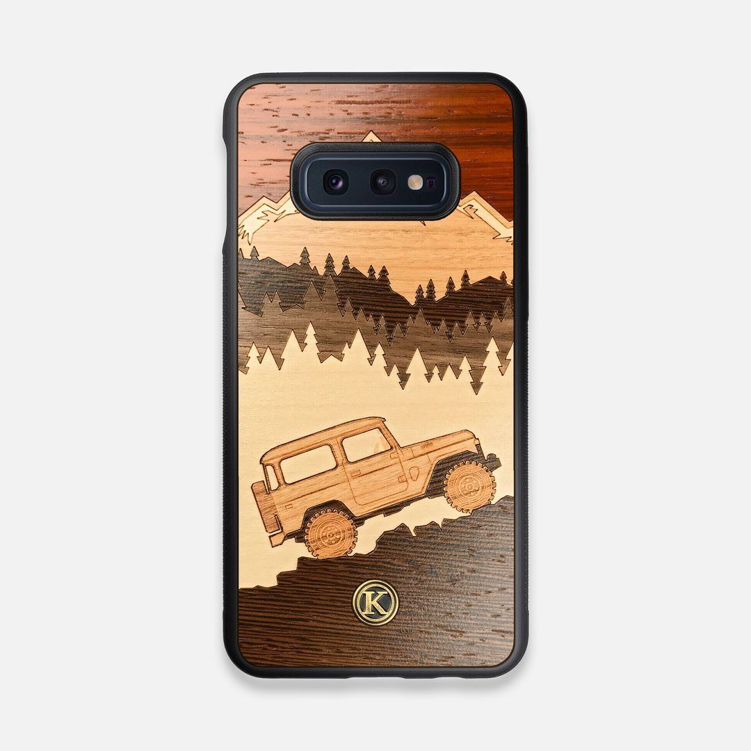TPU/PC Sides of the Off-Road Wood Galaxy S10e Case by Keyway Designs