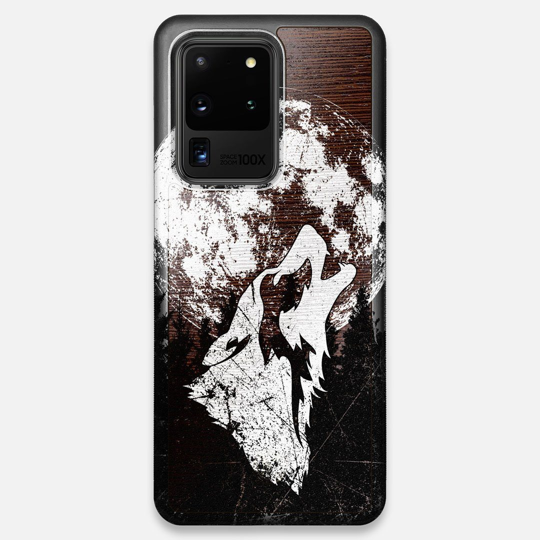Front view of the high-contrast howling wolf on a full moon printed on a Wenge Wood Galaxy S20 Ultra Case by Keyway Designs