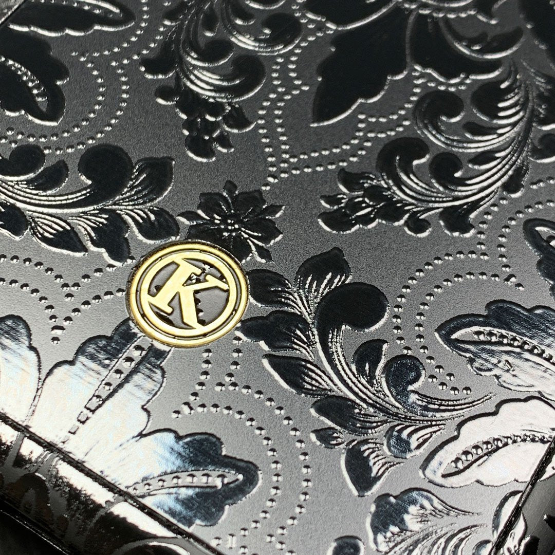 Zoomed in detailed shot of the detailed gloss Damask pattern printed on matte black impact acrylic Galaxy Note 10 Plus Case by Keyway Designs