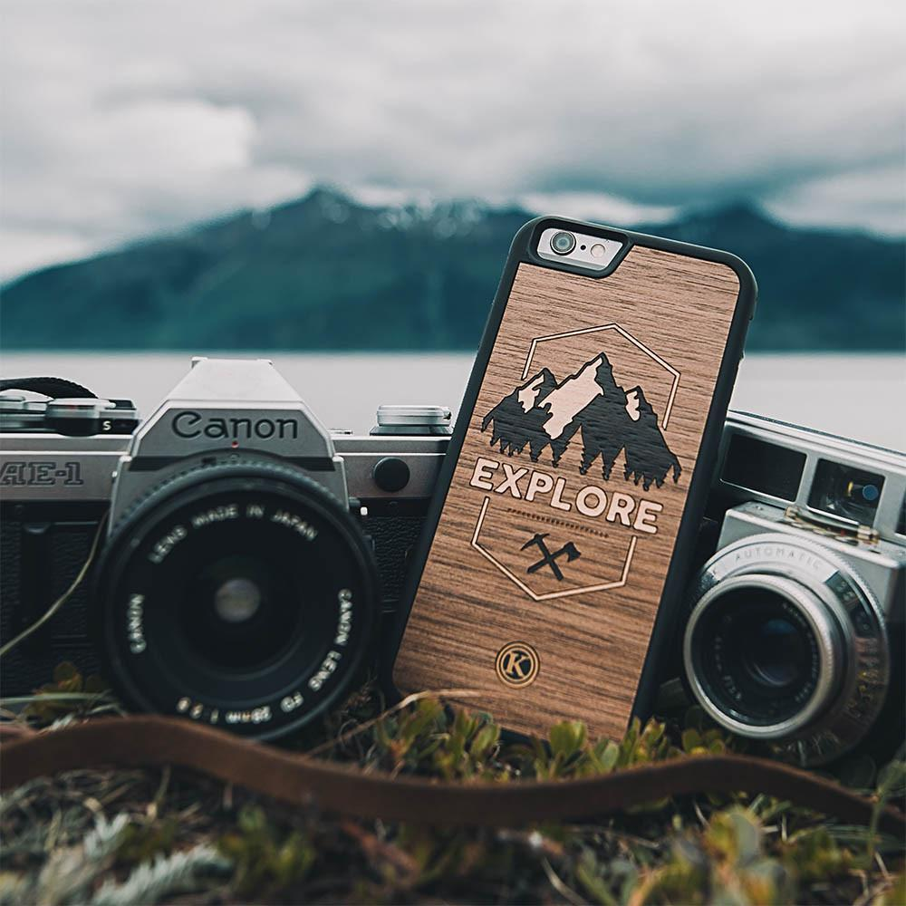 Zoomed in detailed shot of the Explore Mountain Range Wood Galaxy Note 20 Case by Keyway Designs
