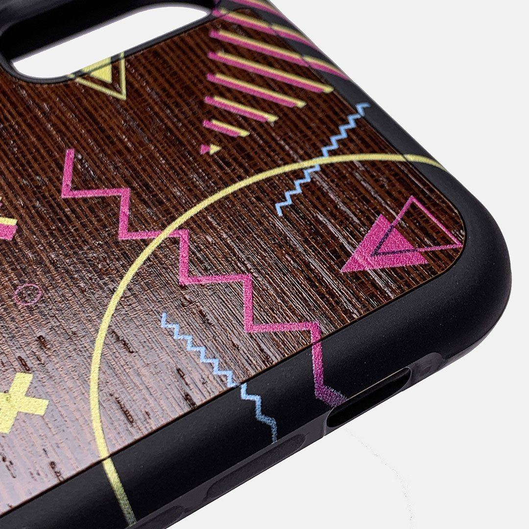 Zoomed in detailed shot of the 90's inspired, Bayside High esque, printed Maple Wood iPhone X Case by Keyway Designs