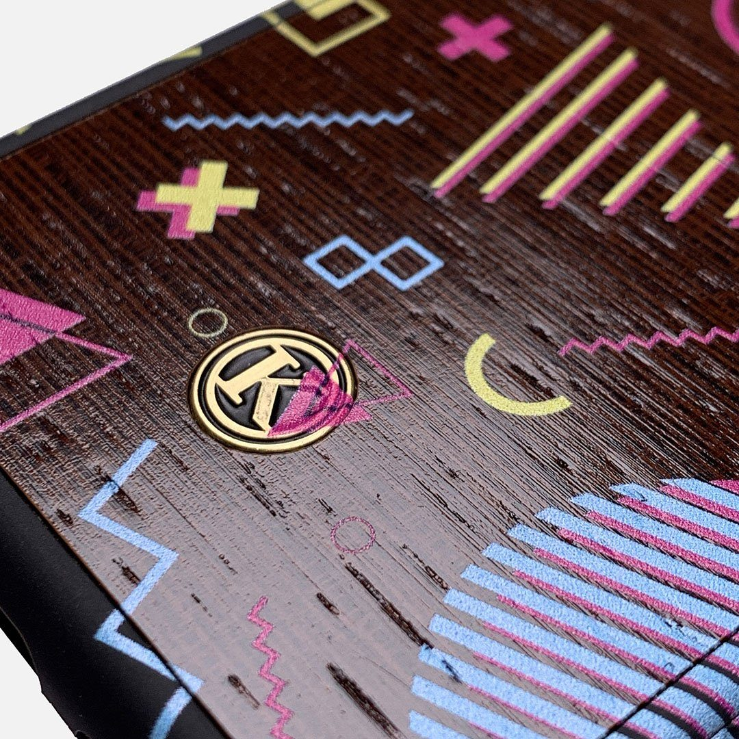 Zoomed in detailed shot of the 90's inspired, Bayside High esque, printed Maple Wood iPhone 6 Case by Keyway Designs