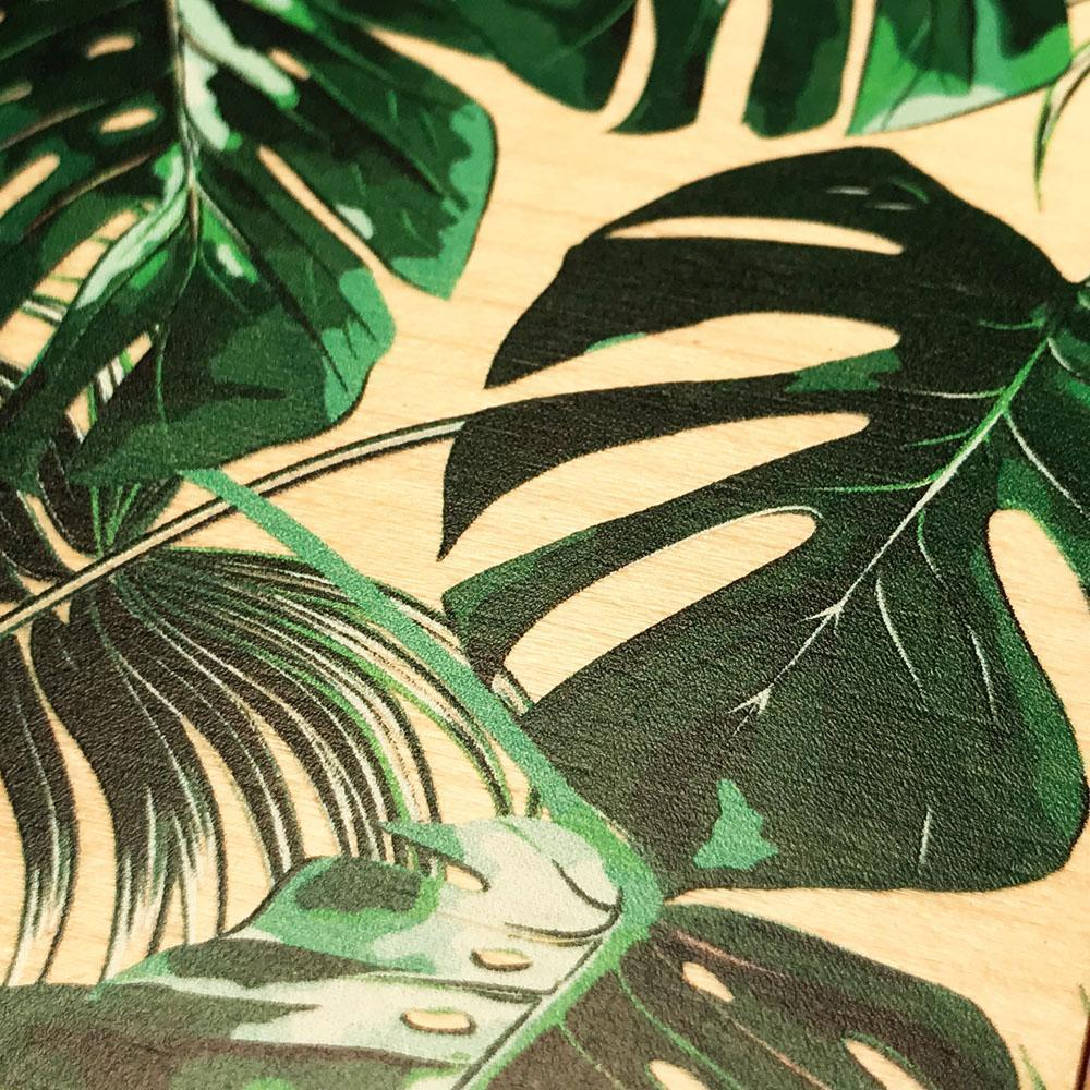 Zoomed in detailed shot of the Palm leaf printed Maple Wood Galaxy Note 10 Case by Keyway Designs